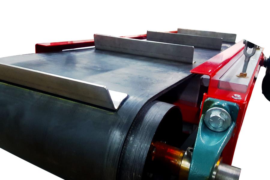 ASGCO Magnetic Separator - belt close up