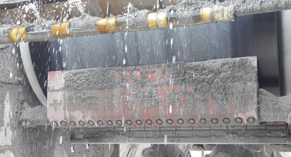 Skalper MDX system conveyor belt cleaner
